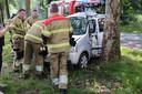 Brandweerlieden aan het werk in Oss.