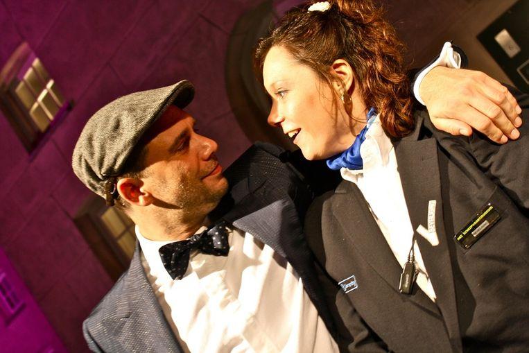 Acteur Roeland Fernhout met Diane van de beveiliging: 'Zij is een beveiliger met stijl!' Beeld