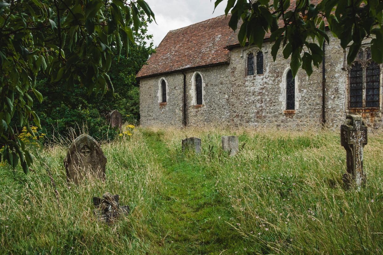 Sevington Church in Ashford, waar de de regering land heeft opgekocht voor douanecontroles. Beeld Carlotta Cardana