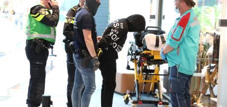 Verwarde man (37) met mes werd in winkel van Danny gepakt: 'Beveiliging en management ongekend goed'