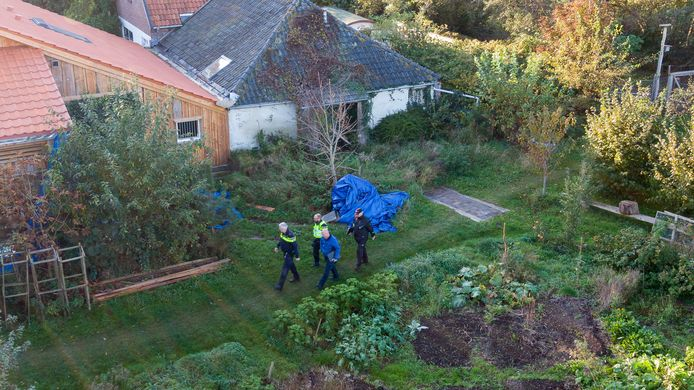 De politie deed in oktober 2019 een inval in de boerderij in het Drentse Ruinerwold.