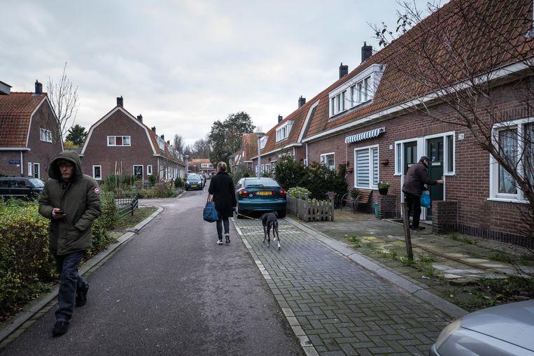 In de tuindorpen van Noord werd in het najaar van 2019 ontdekt dat nog loden leidingen liggen onder duizenden woningen en die zijn veelal van Ymere. Beeld Dingena Mol