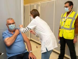 Oostende reikt de hand naar 65-plussers die nog niet gevaccineerd zijn