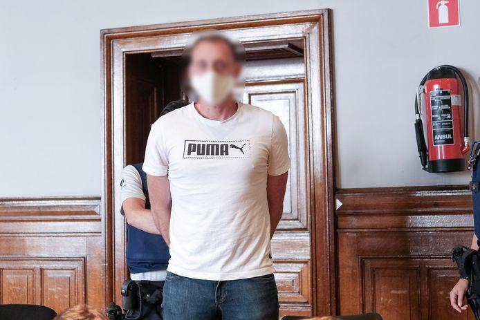 Xavier Van Dam est accusé de séquestration, viol et assassinat sur Wivinne Marion, le 1er novembre 2018 à Namur.