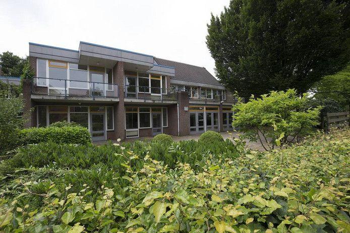 Het leegstaande complex van Zandewierde in Hummelo.