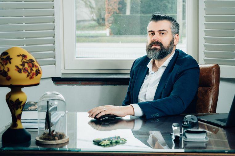 Jo Vercammen: 'Twee keer was ik het slachtoffer van internetcriminelen.'  Beeld Illias Teirlinck