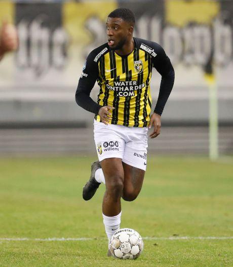 Rel bij Vitesse: Bazoer na misdraging disciplinair geschorst, Cornelisse in basis tegen AZ