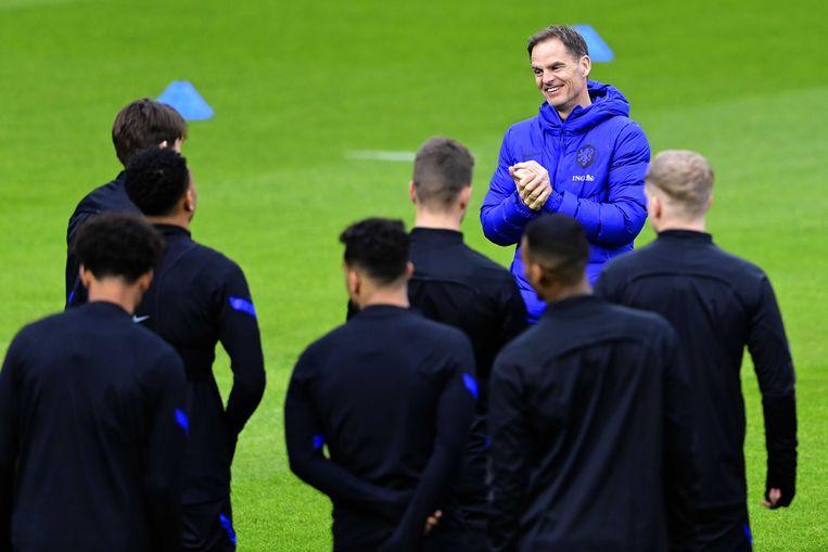 De Boer tijdens de training voor de WK-kwalificatiewedstrijd tegen Turkije in maart, die met 4-2 werd gewonnen. Beeld Olaf kraak/ANP