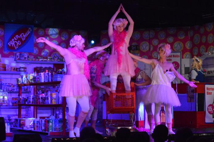 Roze tutuutjes in Super de Buur