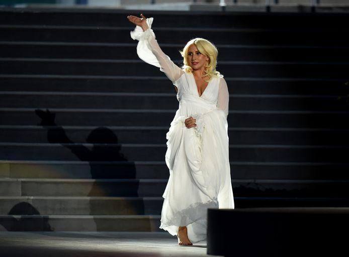 Lady Gaga tijdens de openingsceremonie van de Europese Spelen.
