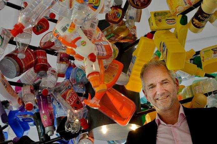 Directeur Erik de Vries neemt na negen jaar afscheid van afvalverwijderaar Avri.