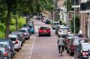 Zoeken naar een parkeerplek in het zuidelijke deel van Klarendal is een lastige opgave. Langs de Sonsbeeksingel zijn alle plaatsen veelvuldig bezet, ook in de aangrenzende wijk Sint Marten.