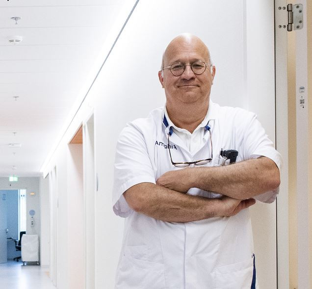 Dokter Rogier Crolla, chirurg in het Amphia Ziekenhuis