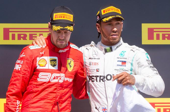 Sebastian Vettel en Lewis Hamilton na de Grand Prix van Canada vorige maand.