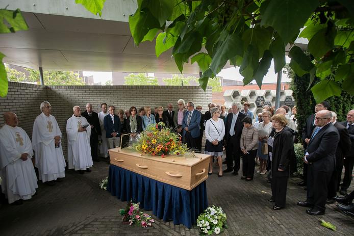 Begrafenis van pastoor Van Steen in Asten-Heusden