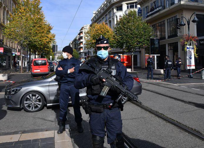 Une attaque au couteau a fait trois morts plus tôt dans la matinée dans la basilique Notre-Dame de Nice (photo).