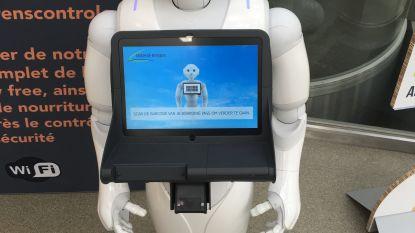 TUI werft robot aan