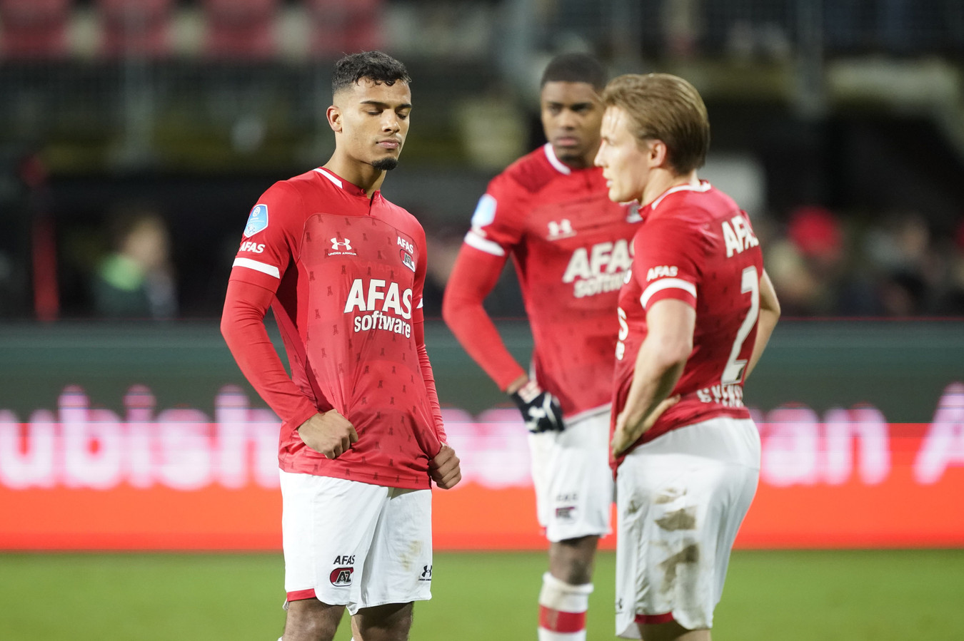 2020-01-18 22:42:46 (L-R) Owen Wijndal of AZ, Myron Boadu of AZ, Jonas Svensson of AZ during the Dutch Eredivisie match between AZ Alkmaar and Willem II Tilburg at AFAS stadium on January 18, 2020 in Alkmaar, The Netherlands ANP SPORT