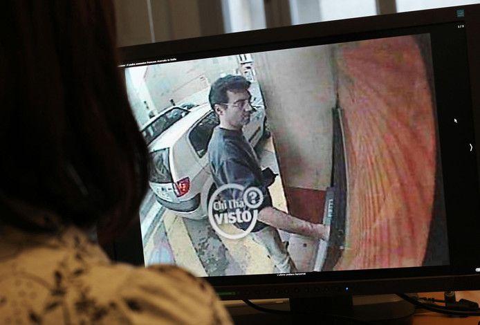 Xavier Dupont de Ligonnès a été aperçu pour la dernière fois en 2011: le 14 avril, il avait été filmé par la caméra d'un distributeur de billets à Roquebrune-sur-Argens (dans le Var, sud de la France).