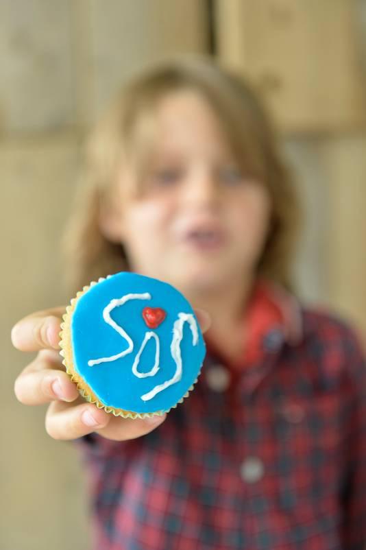 Honderden kinderen in tientallen bso's in Gelderland bakken cupcakes voor Afrika.