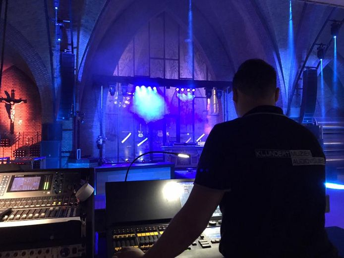 De akoestiek in de Oostelbeerse kerk werd deze week op de proef gesteld
