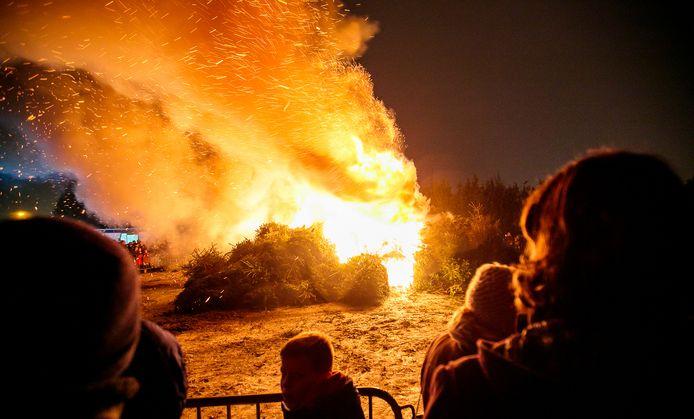Kerstboomverbranding in Bladel.