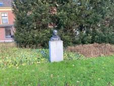 Alkmaarse mysteries: het verhaal achter het borstbeeld op het Ritsevoort