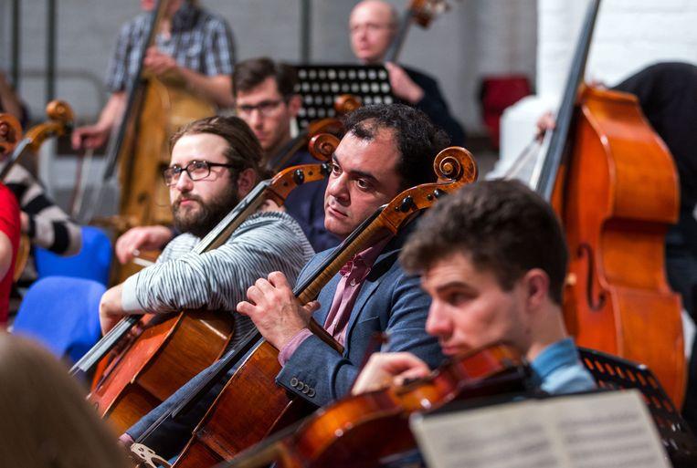 Het Syrian Expat Philharmonic Orchestra. Beeld BELGAIMAGE
