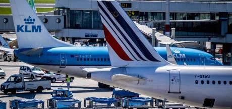 Dieprode cijfers voor Air France-KLM door coronacrisis, roep om versoepeling reisverboden