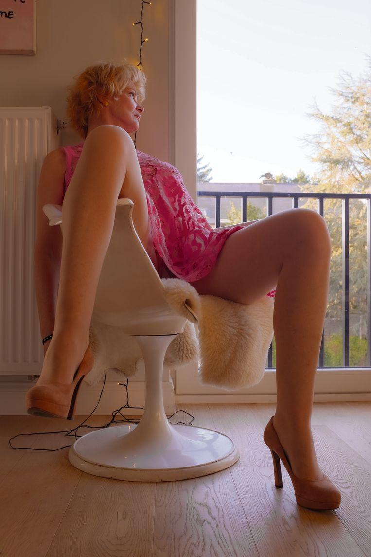 'Er zit zoveel schoonnijd tussen vrouwen. We worden ook zo opgevoed, met het idee dat ons uiterlijk een troef is.' Beeld Filip Hamerlinck