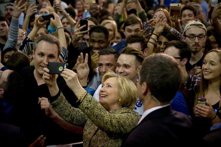 Hillary Clinton tijdens haar campgagne in Pittsburgh. Beeld getty