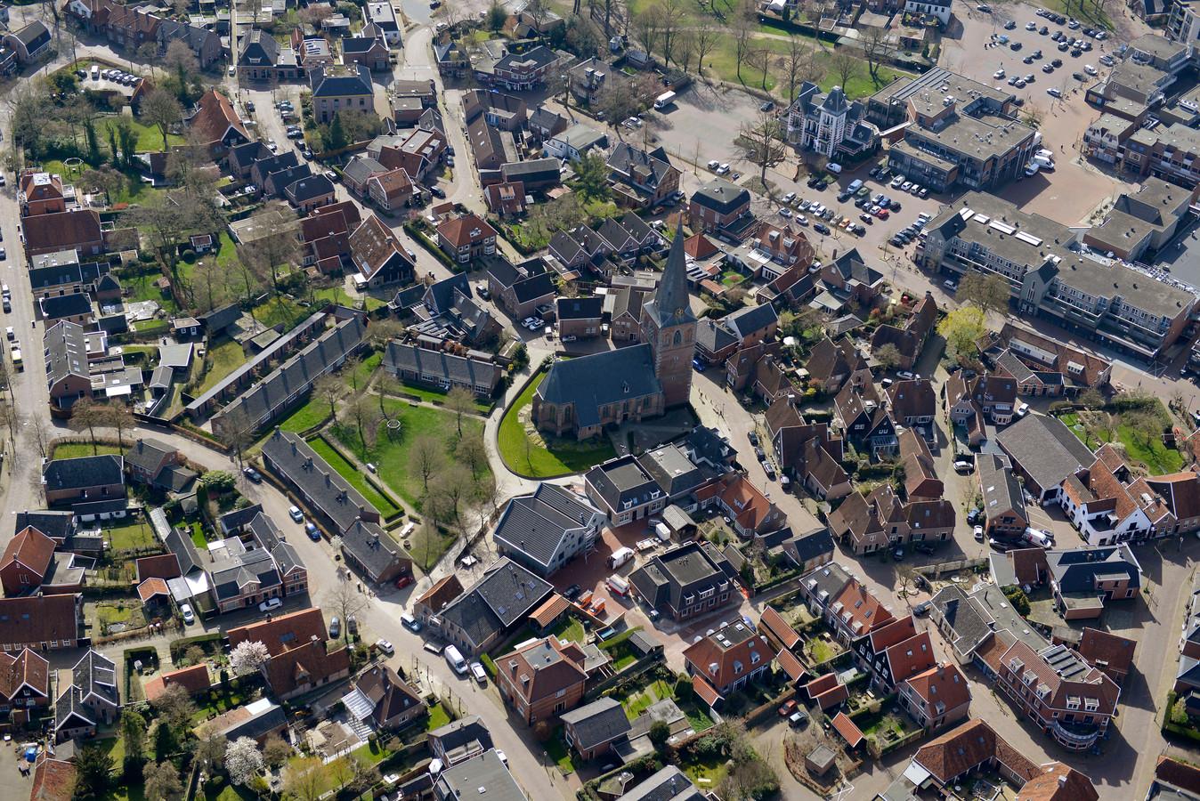 Borne kent veel lokale media. De licentieaanvraag gaat nu naar Borne Boeit.