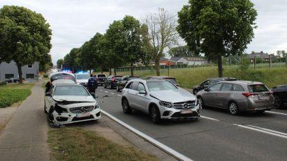Ongeval met lichtgewonde na aanrijding op Edingsesteenweg (N285)