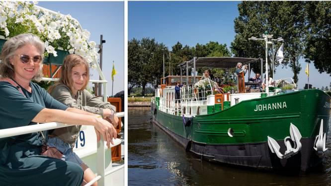 """REIZEN IN EIGEN LAND. Onze reporter scheept in op 'minicruise' van Brugge naar Plassendale: """"Traag op het water beleef je écht meer"""""""