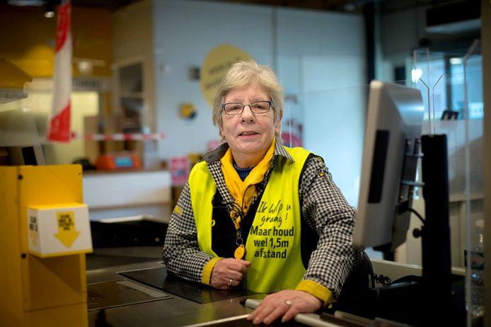 Yvonne werkt donderdag 28 januari voor het laatst als caissière bij de Jumbo aan de Herenstraat in Wijchen. Na 43,5 jaar werken gaat ze met pensioen.