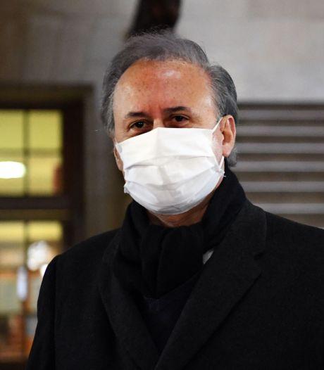 Franse burgemeester die collega verkrachtte weigert op te stappen: 'Hij voelt zich almachtig'