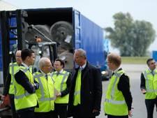 Minister Kamp bezoekt tapijtindustrie Genemuiden en Hasselt