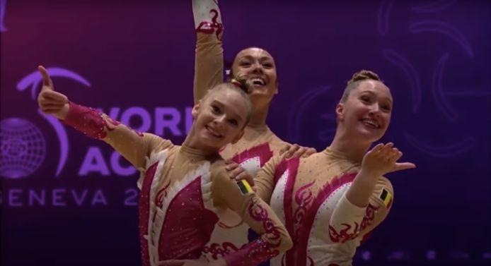 Bo Hollebosch, Kim Bergmans en Lise De Meyst in actie tijdens het WK Acrogym.