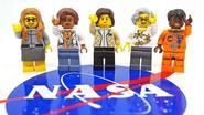 Lego brengt eerbetoon aan vrouwelijke NASA-wetenschappers