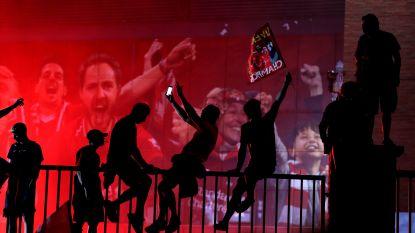 """Engelse politie niet opgezet met vele feestvierders aan Anfield: """"Helaas hield niet iedereen zich aan geldende regels"""""""