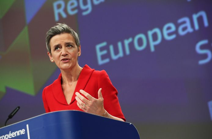 Margrethe Vestager tijdens de persconferentie vandaag
