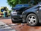 Flink wat schade bij aanrijding Ambachtenlaan Breda
