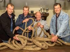 Jubilerende touwtrekvereniging Koapmanboys uit Tilligte beste van de wereld, maar niet van Dinkelland