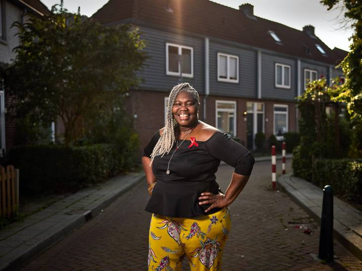 Gloria (44) raakte hiv-besmet: 'Mensen durven niet op dezelfde wc-bril te zitten'