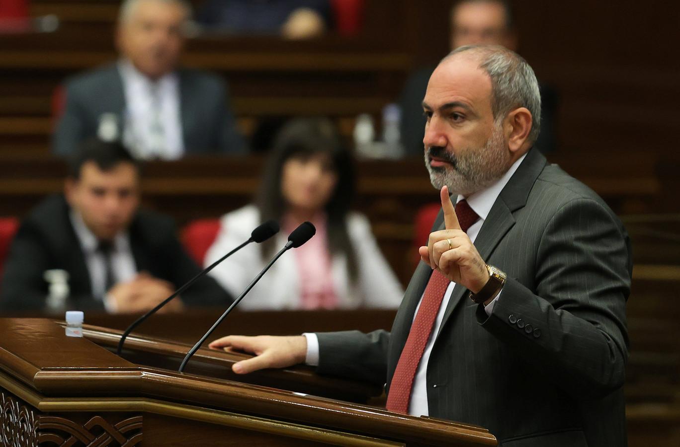 Waarnemend premier van Armenië Nikol Pasjinian tijdens een zitting in het parlement.