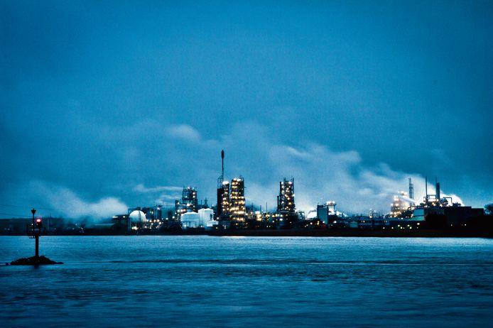 De fabriek van Dupont in Dordt.