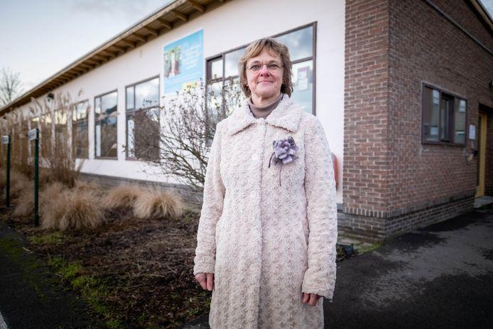 WILLEBROEK Algemeen directeur van Scholengroep Rivierenland Conny Romswinkel op de site van Atheneum Willebroek