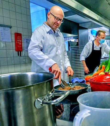 Martijn laat mensen die hun smaak verloren weer proeven: 'Ik vind het soms zelf echt niet te eten'