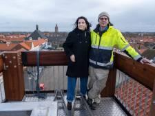 Leonie en Pieter geven Westkapelle zijn 'stadhuis' terug