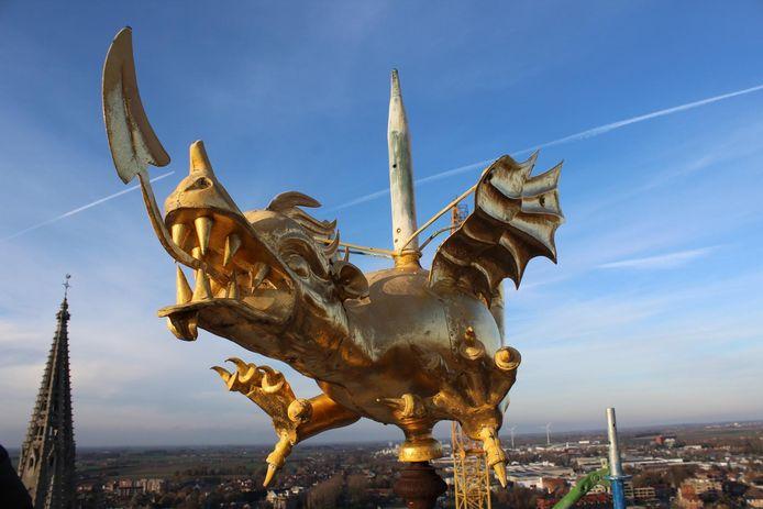De draak verhuist tijdelijk naar het Yper Museum.